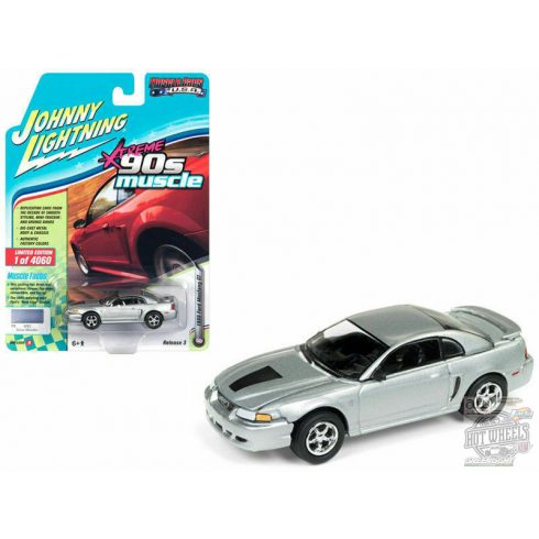 JOHNNY LIGHTNING 1999 Ford Mustang GT, Silver Metallic 1:64