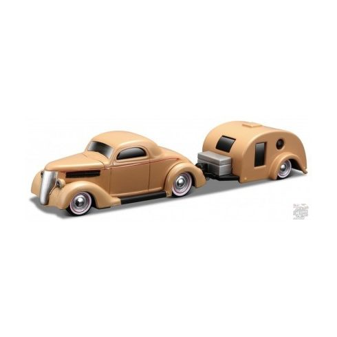 Maisto 1936 Ford Coupe Traveler Trailer, Beige 1:64